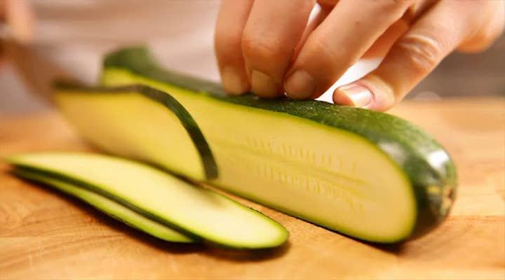 Groente in de lengte snijden