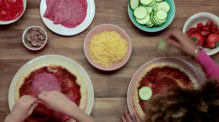 Pizza versieren