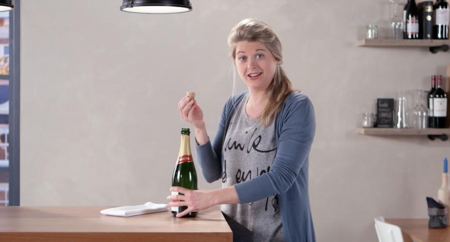 Moet champagne knallen of niet?