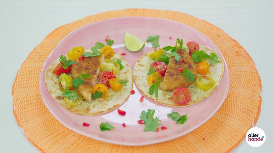 Viswraps met guacamole, limoen en salsa van Leonie ter Veld