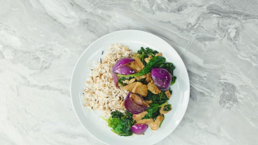 Vega teriyakikip met spinazie & rijst