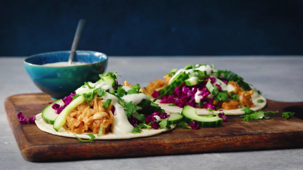 Taco's met vegan pulled jackfruit