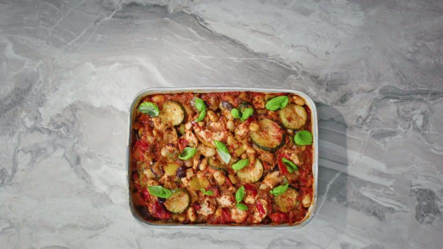 Koolhydraatarme ovenschotel met kip en gegrilde groente