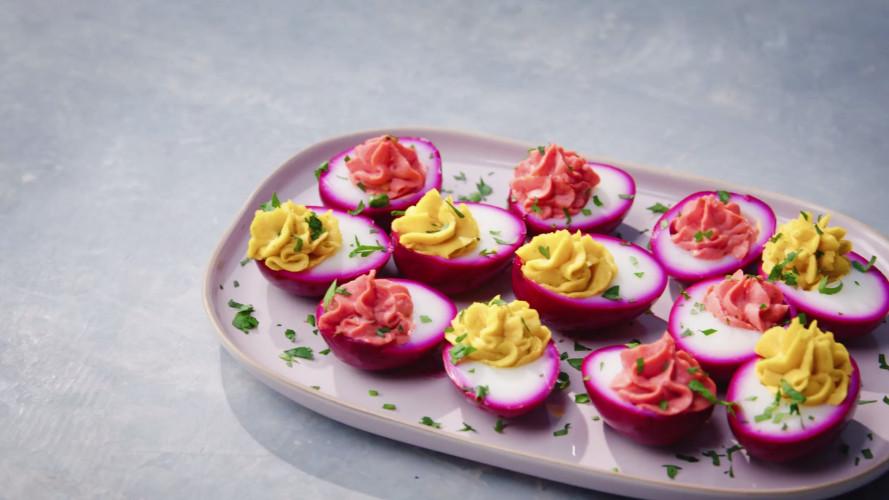 Gevulde roze eieren